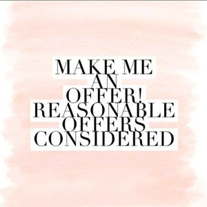 🌺MAKE ME AN OFFER ALL OFFERS CONSIDERED🌺